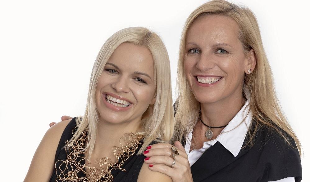 Ustanoviteljica podjetja Opti.Space Sabina Veronika Golob in prokuristka Apolonija Kurent Lebar (Vir: Opti.Space)