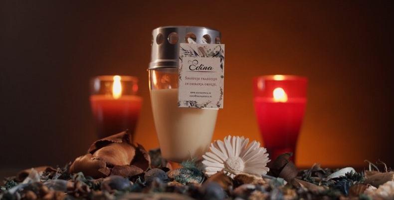 Nagrobna sveča EDINA je izdelana iz naravnih materialov (Vir: Adrifund)
