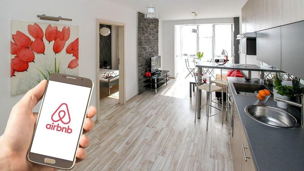 Če oglašujete stanovanje, ki ga oddajate prek Airbnb-ja ali Bookinga, ste zavezanec za DDV (Vir: Pixabay)