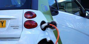 Pri nakupu električnega vozila lahko pridobite subvencijo Eko Sklada