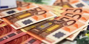 Kredit za obratna sredstva pri banki ali faktor družbi?