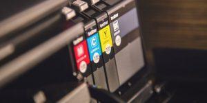Ali je potreben nakup kartuše pri najemu tiskalnika?